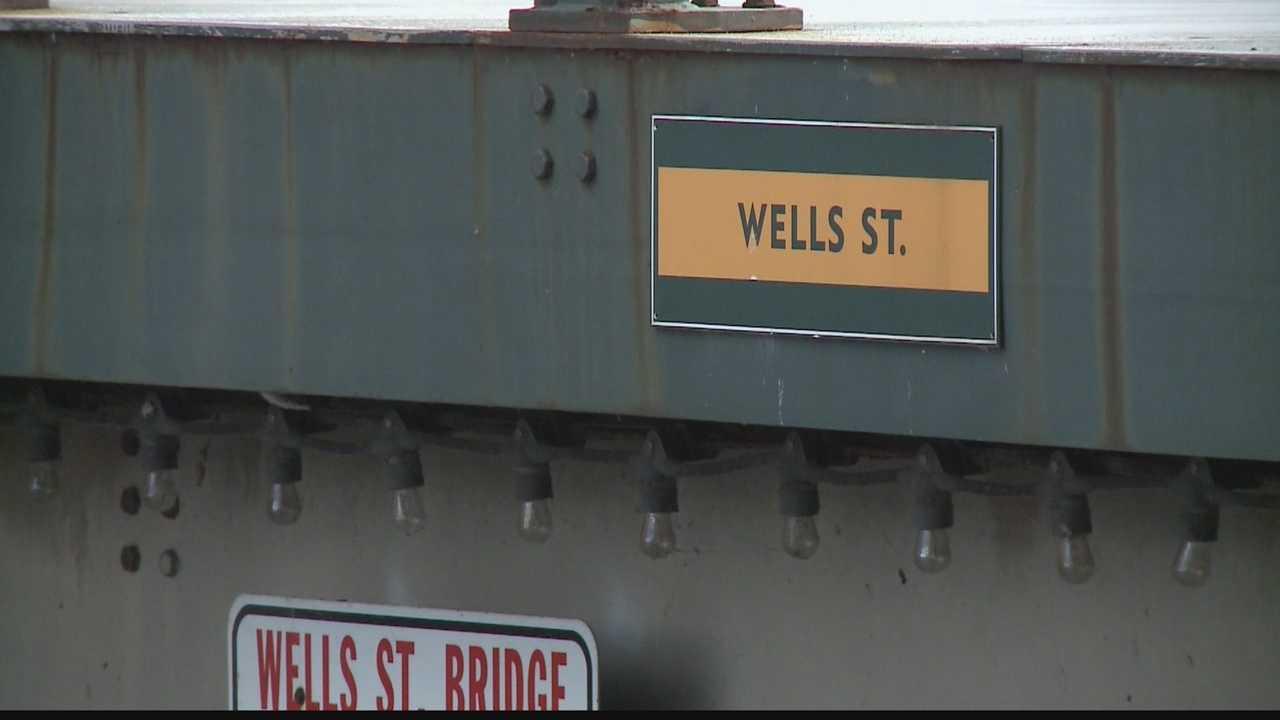 DOT puts 2 Milwaukee bridges on watch list