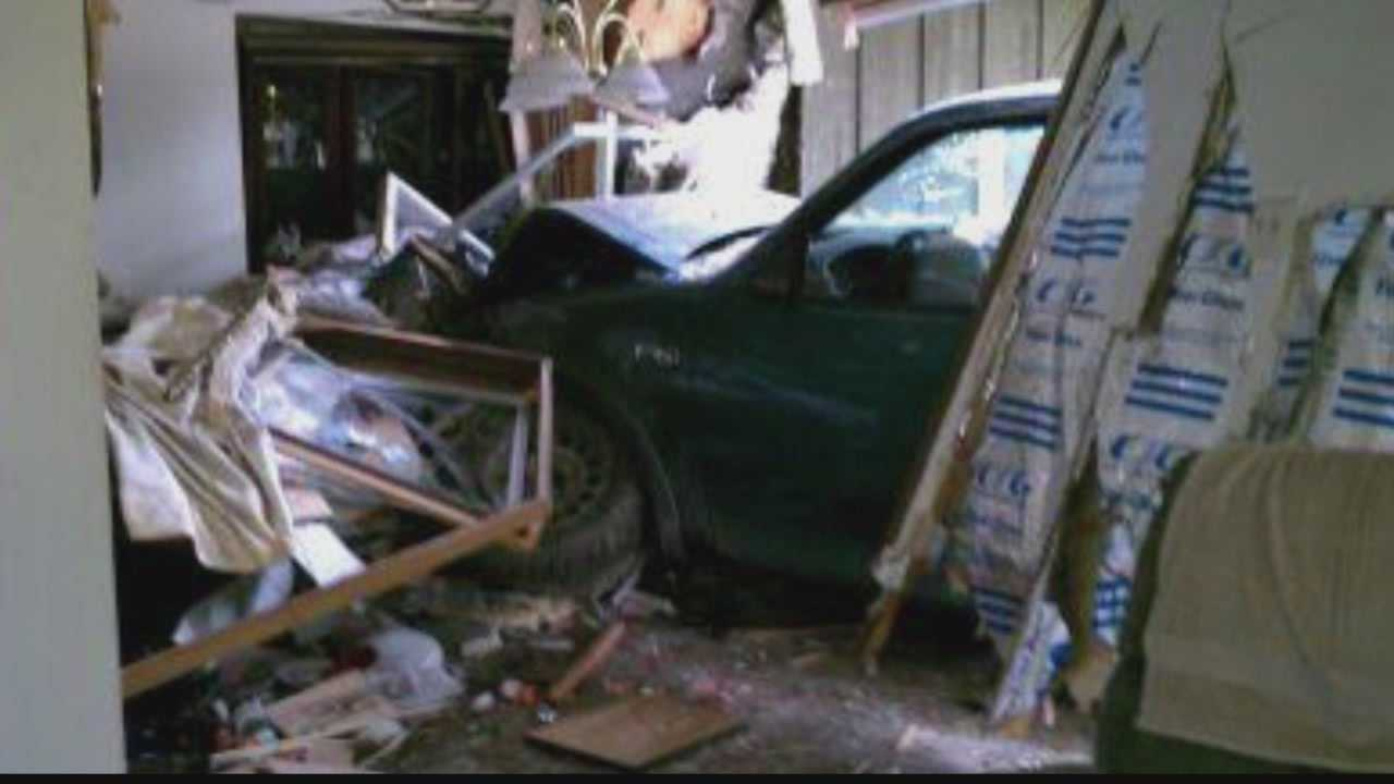 Vehicle crashes into New Berlin home