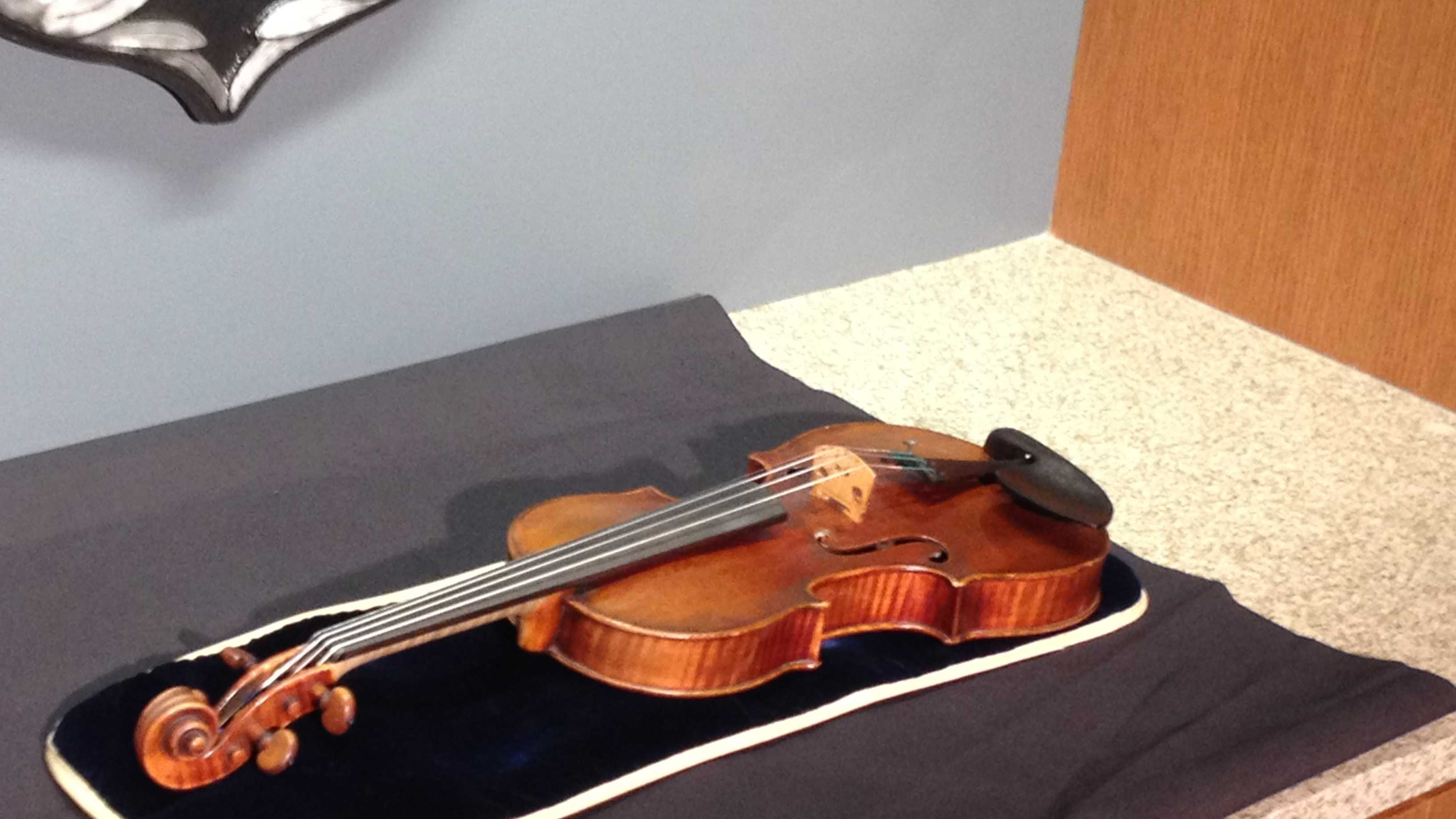 recovered violin