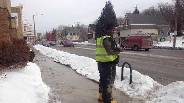 Worker outside MLK library water break.jpg