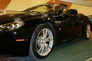 2010 Aston Martin Vantage-