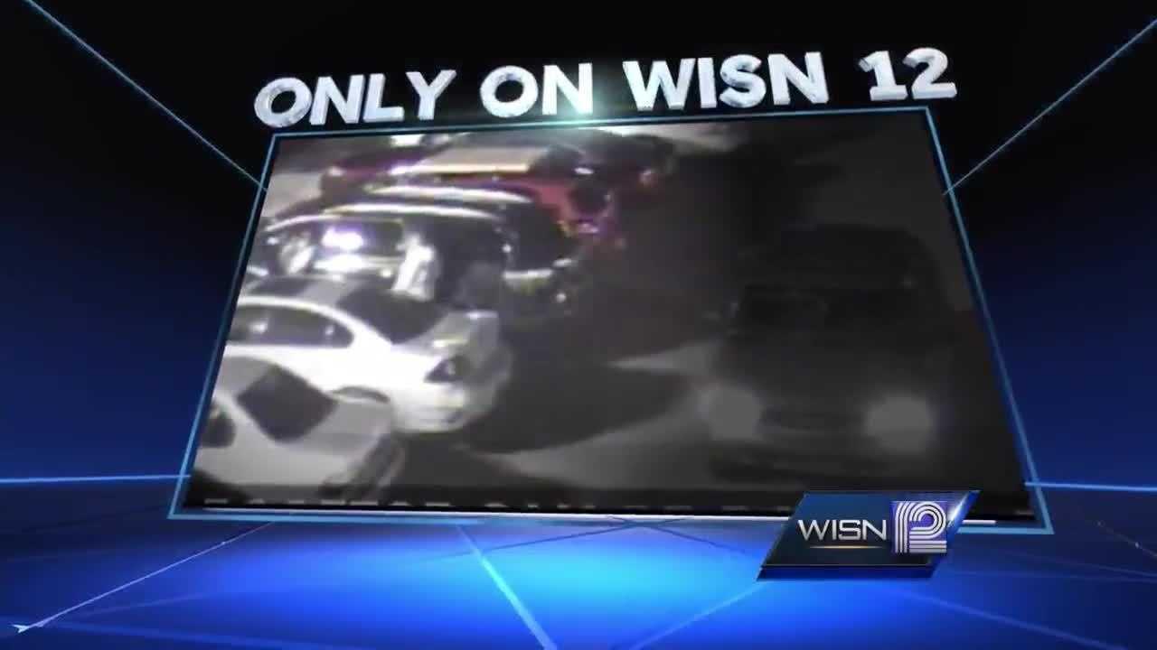 (img1)Walmart carjacking caught on surveillance camera
