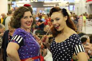 The 40's Bombshells help transport everyone back in time.