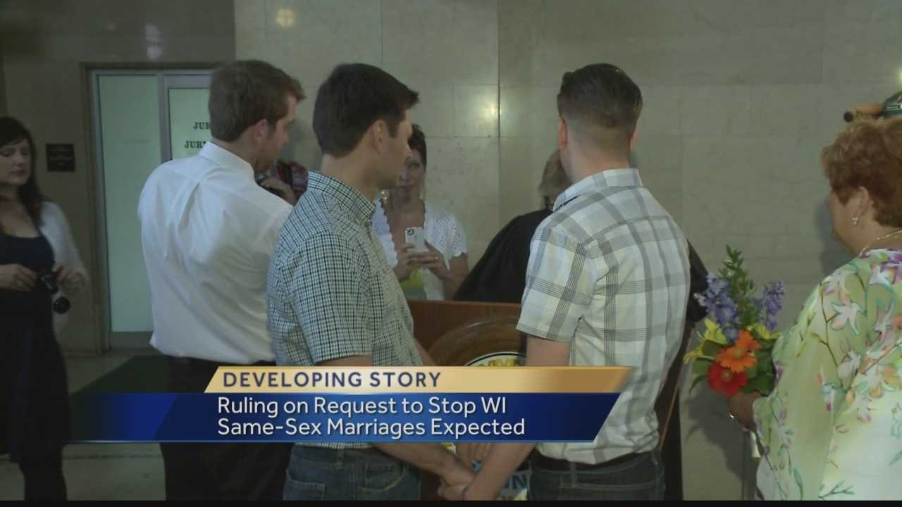 Milwaukee to continue same-sex marriages