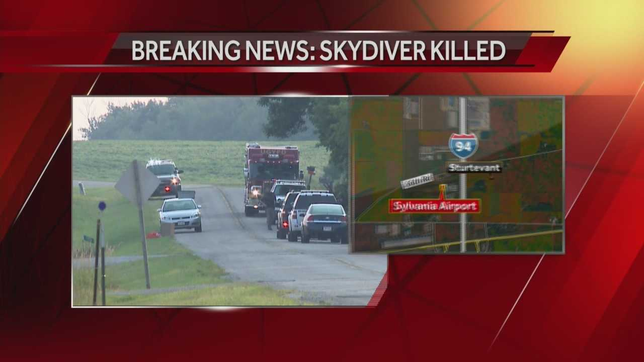 Man killed in Racine Skydiving accident