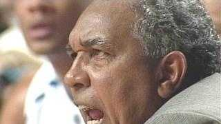 LOUISVILLE NEWS: Tubby Smith yelling.