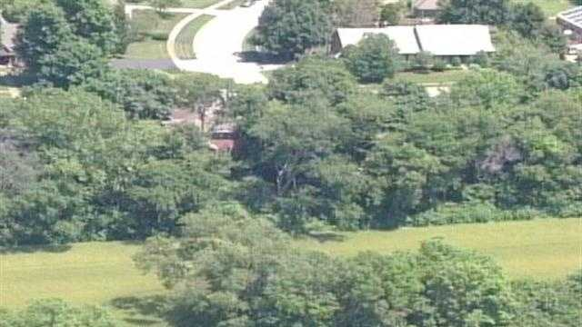 Hurstbourne community on alert after coyote attack
