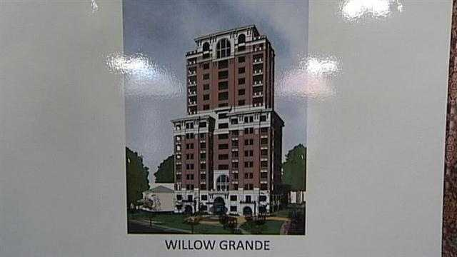 Members of the historic Cherokee Triangle neighborhood are questioning a proposal to build a 17-story condominium tower near their homes.