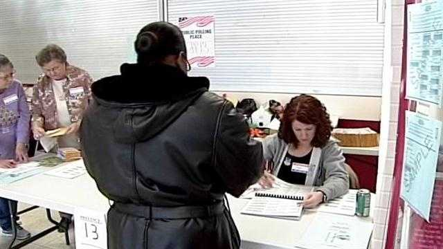 Ind. voters head to the polls to decide