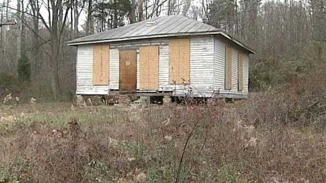 Effort underway to restore segregated schoolhouse