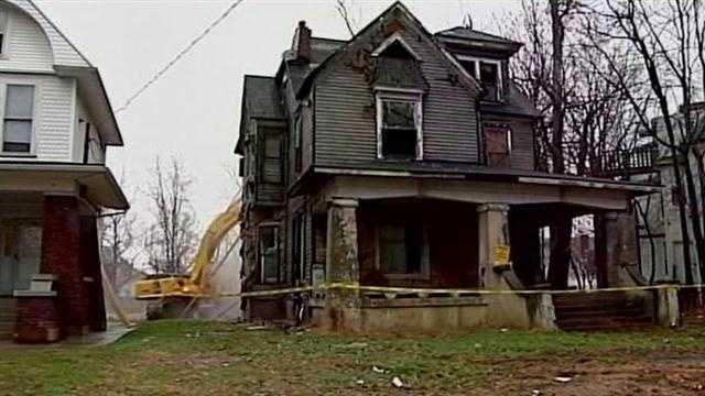 Gary house noon