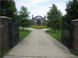 You've arrived home. Visit Realtor.com for more information on this wonderful home.