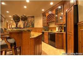 Wet bar for entertaining your guests.