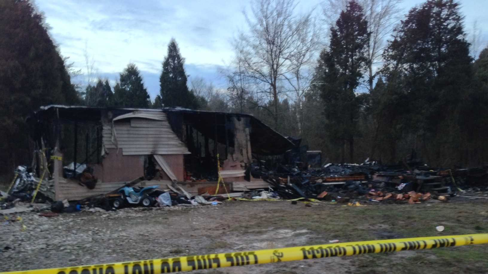 Crawford County mobile home fire