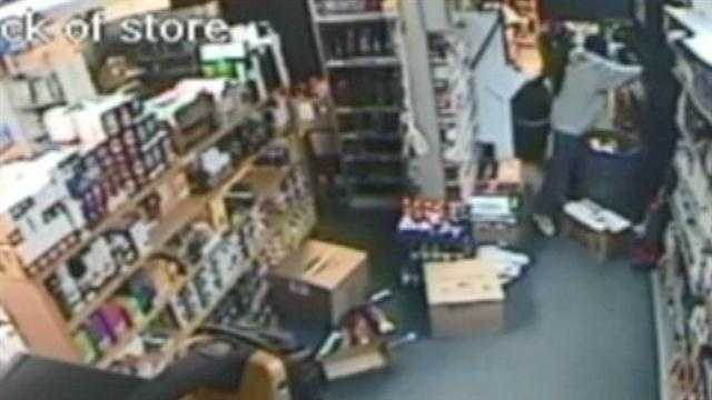 Authorities looking for men accused of stealing cigarettes