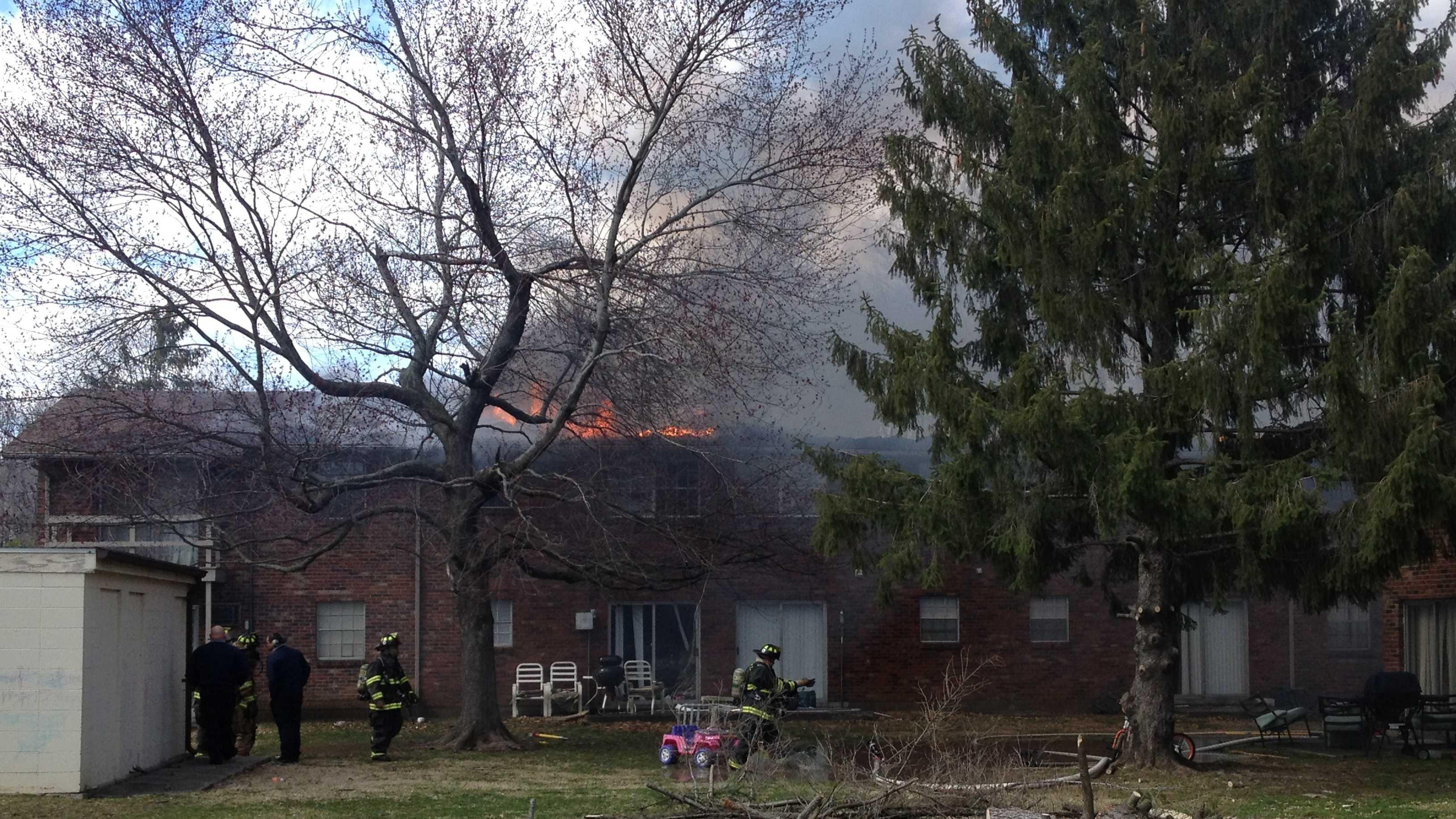 jeffersonville apartment fire (3).JPG