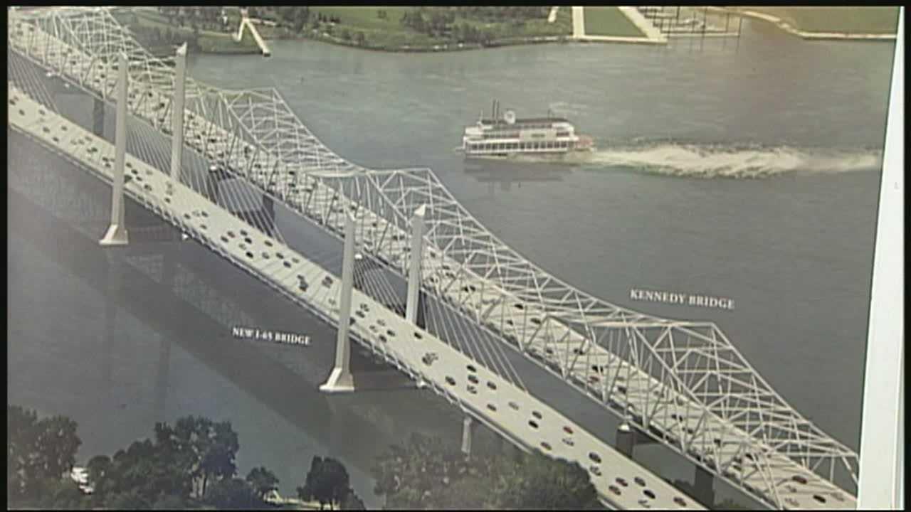 Public gets closer look at Ohio River Bridges Project at open house