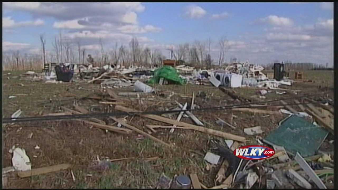 Henryville residents plan to help tornado-ravaged Okla. community