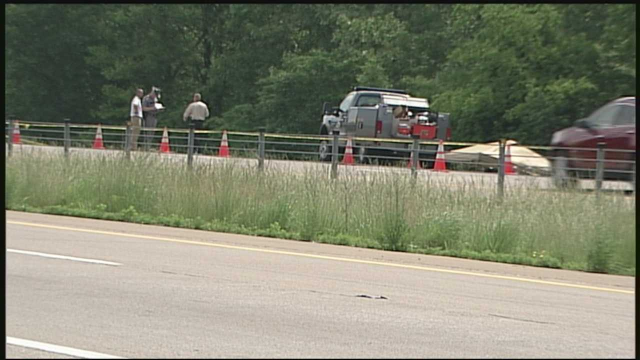 Police release description of woman found along interstate