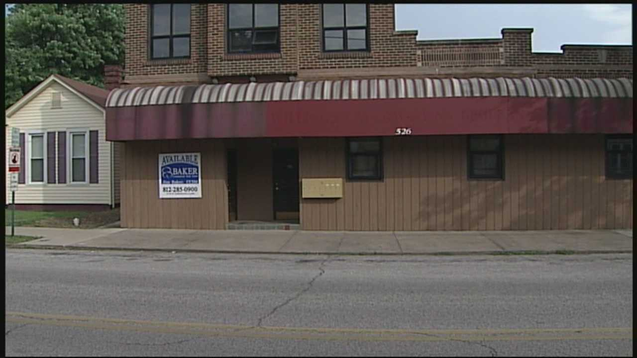 Southern Indiana doctor license suspended