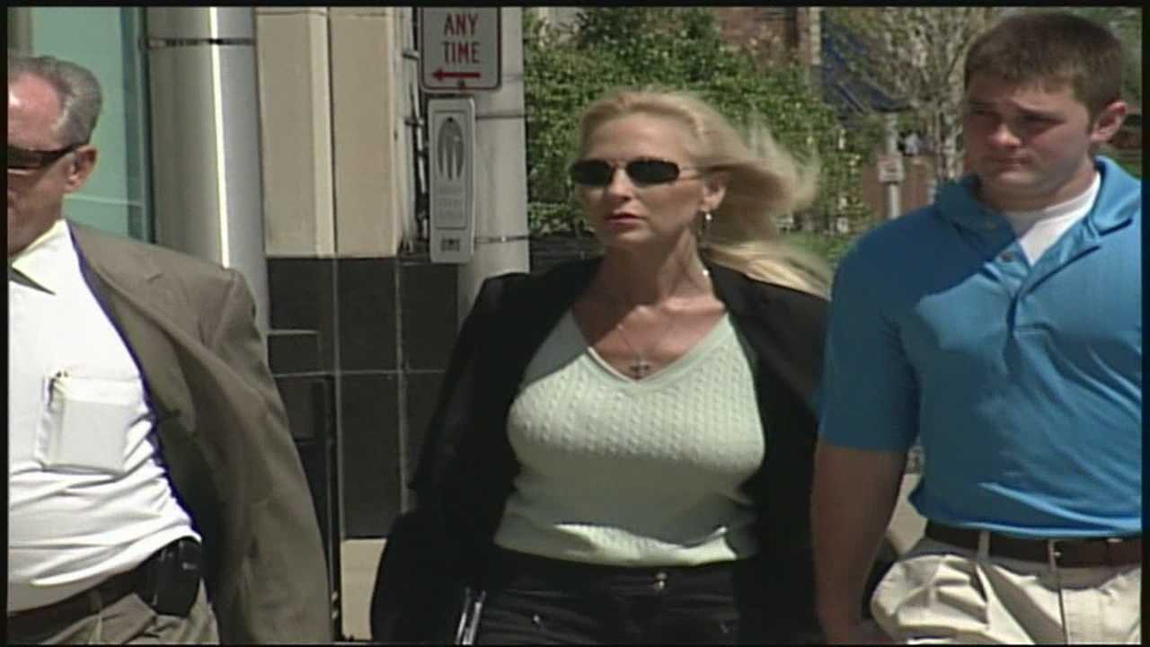 The woman convicted of attempted extortion of University of Louisville head basketball coach Rick Pitino isn't giving up her efforts to get out of federal prison.