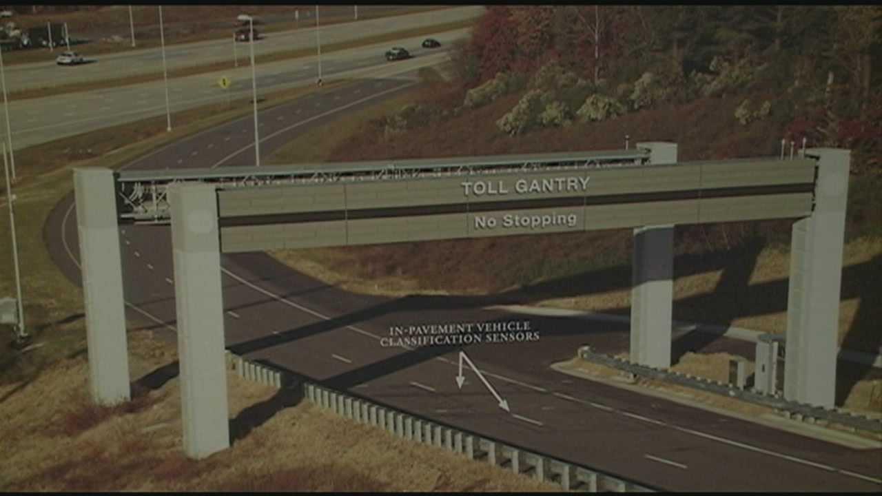 Transportation officials discuss Ohio River bridge tolls