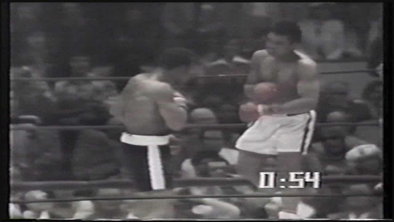 Former boxing champion Ken Norton dies