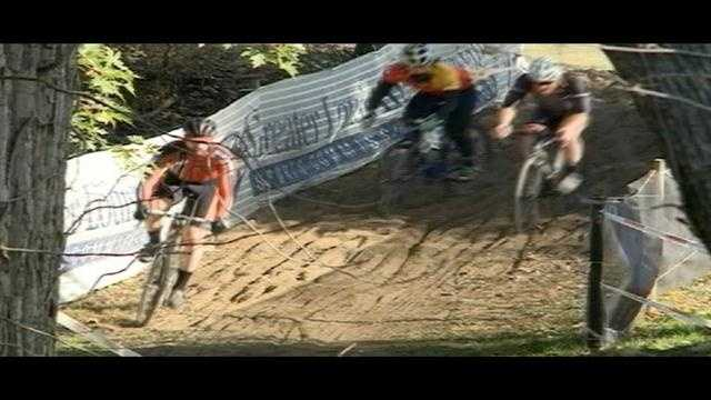 Cyclists in Louisville for Cyclocross