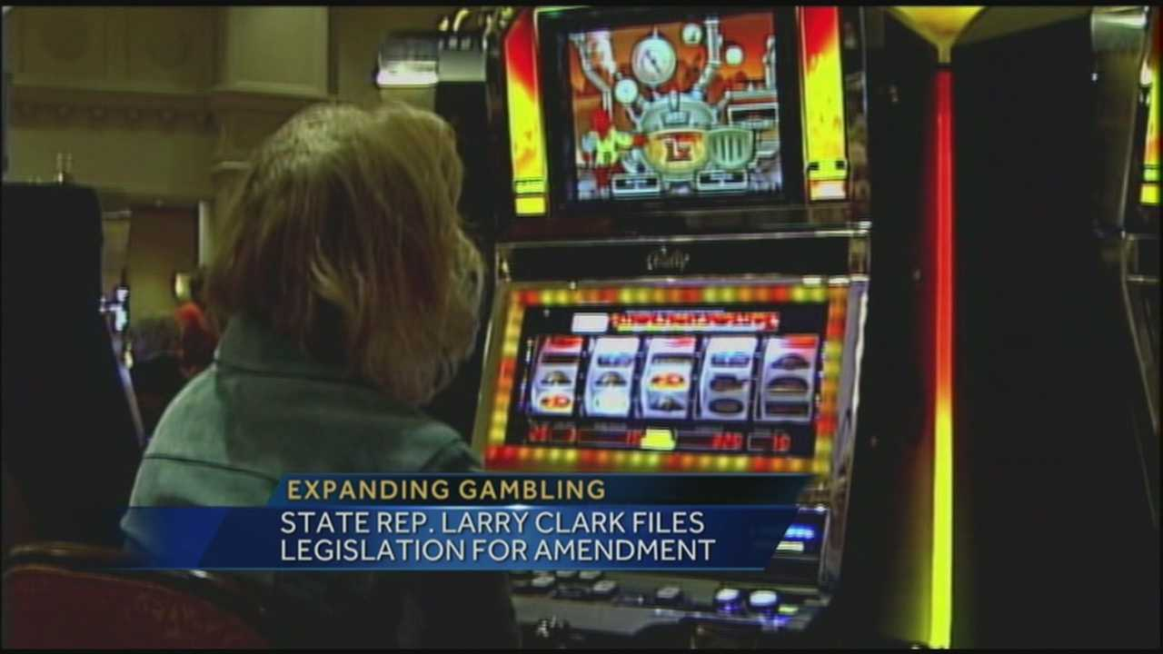 Lawmaker makes push for expanded gambling in Kentucky