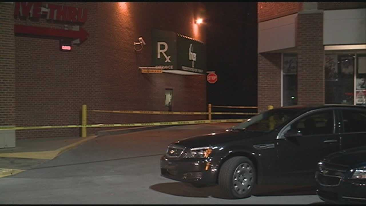 St. Matthews police are searching for a killer after a weekend shooting behind a Kroger left one man dead.