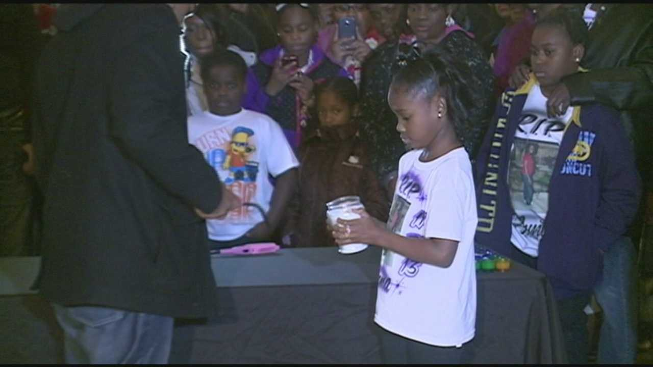 Vigil held Sunday for families of murder victims
