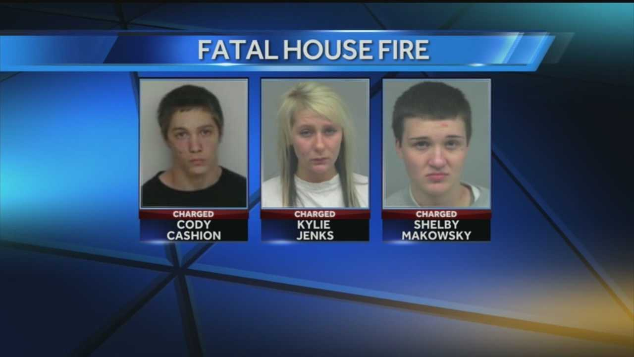 Teens accused in deadly arson appear in court