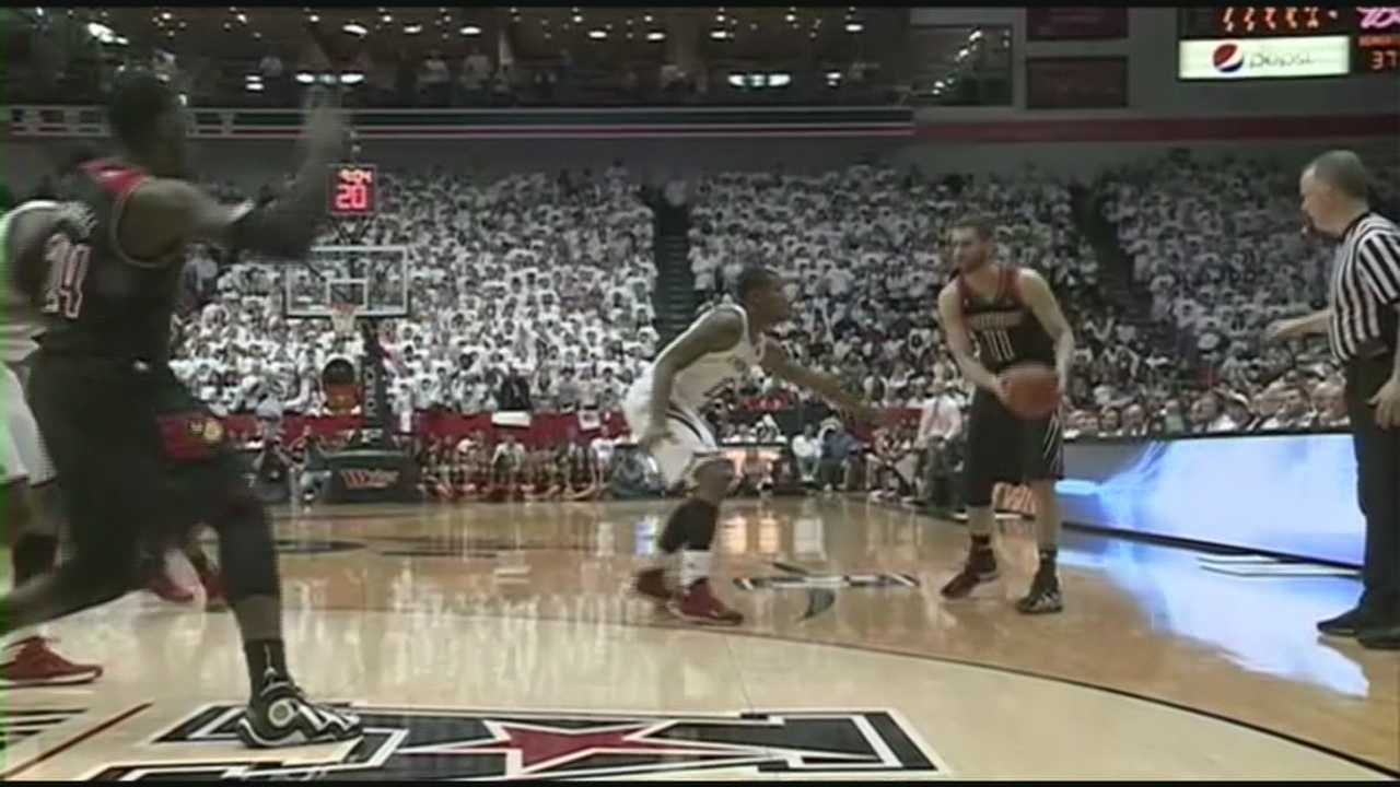Louisville picks up a close win Saturday over rival Cincinnati.