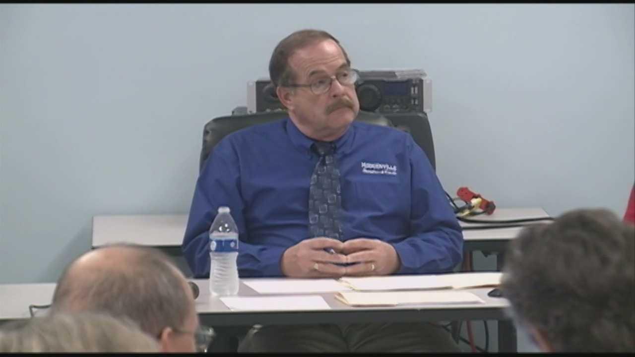 Court documents suggest Hodgenville mayor, clerk stole $33K in gas