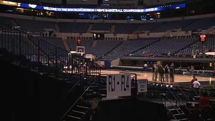 WLKY's Fred Cowgill takes you on a tour of Lucas Oil Stadium to show you where fans will sit during the Sweet 16 matchup between the universities of Kentucky and Louisville.