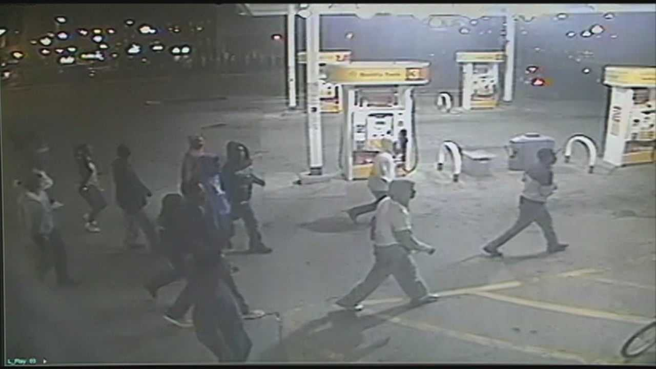 FBI investigating group linked to downtown violence