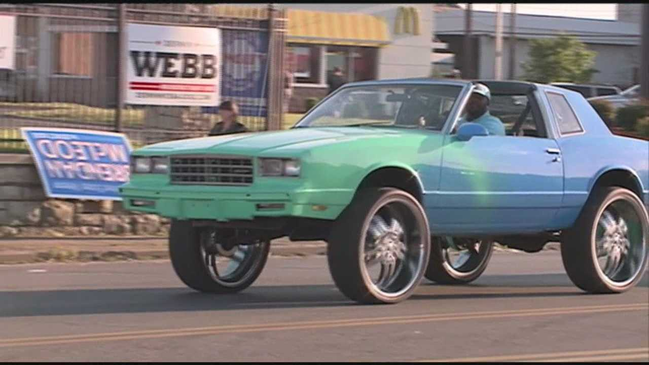 Broadway cruising tops off Kentucky Derby celebrations