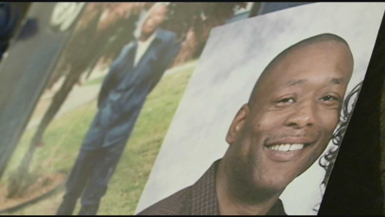 Mother pleads for answers on 9th anniversary of son's killing