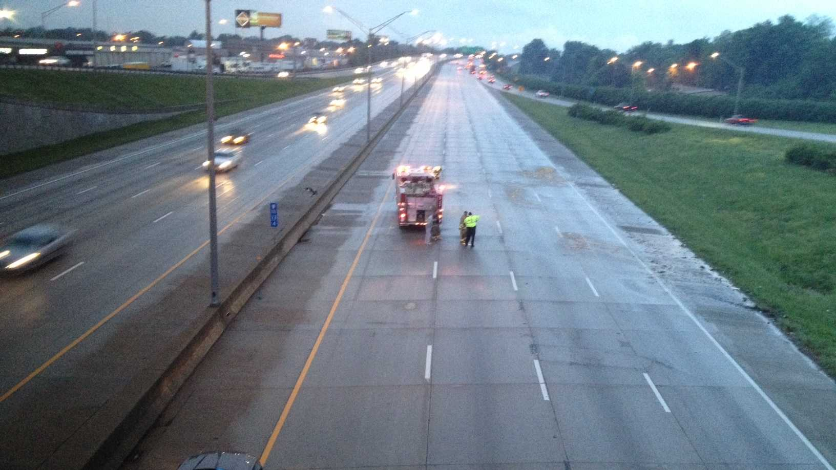 Watterson expressway cleared of vehicles