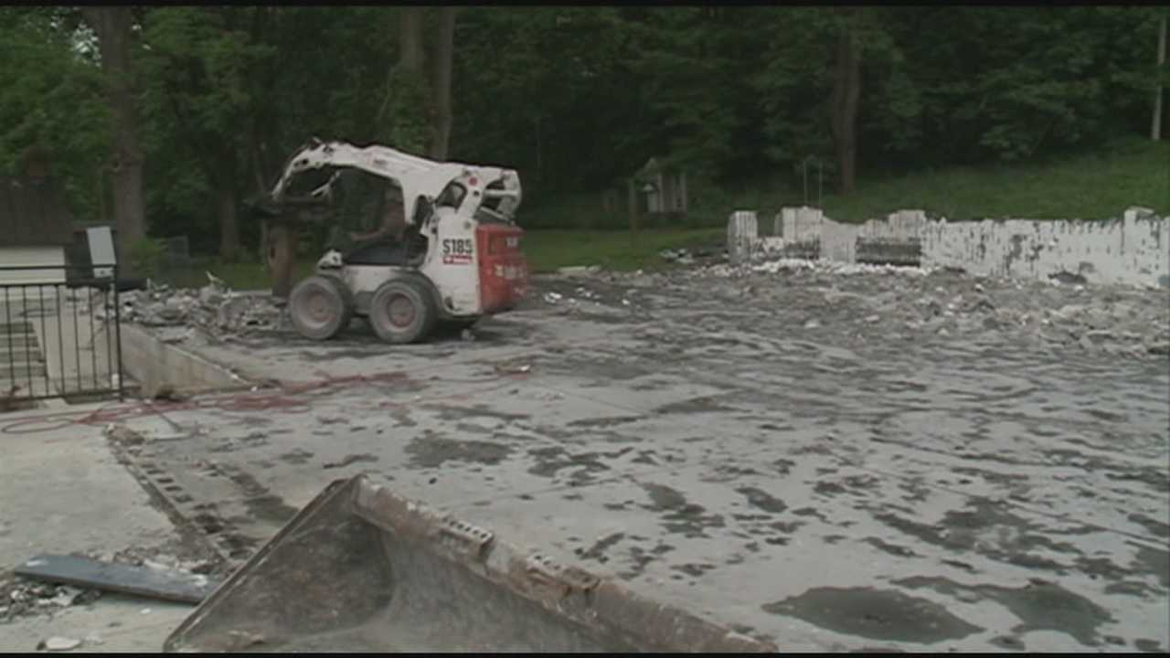A popular southern Indiana restaurant destroyed by fire will not be rebuilt..
