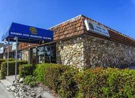 6. Brook's Gourmet Burgers and Dogs, Naples, Florida