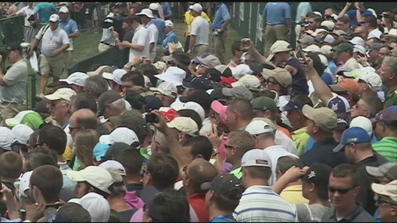 Fans flock to PGA Championship practice as Tiger Woods arrives