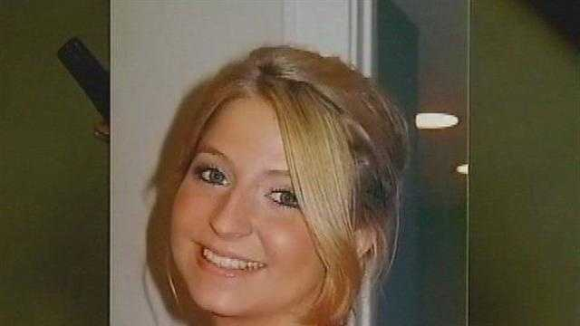 Police Expand Search For Indiana College Student - 28179566