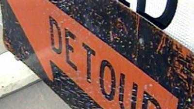 A detour sign along Mason's Main Street