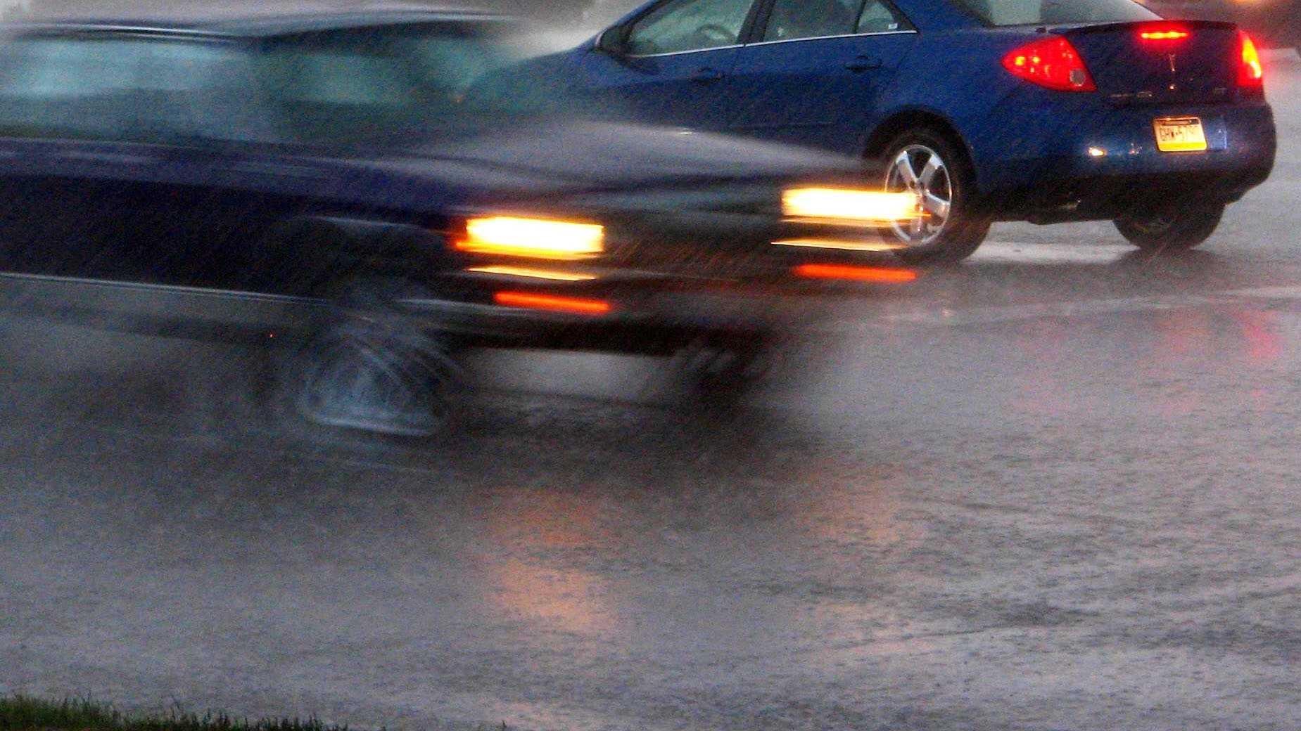 Rain Generic Traffic Day Evening Storm - 13610833