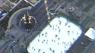 Fountain Square Ice Rink - 10391571