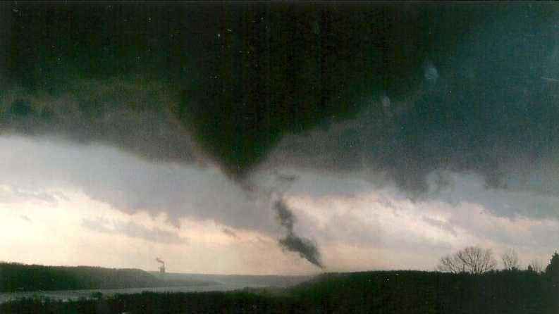 End of Henryville tornado (5)