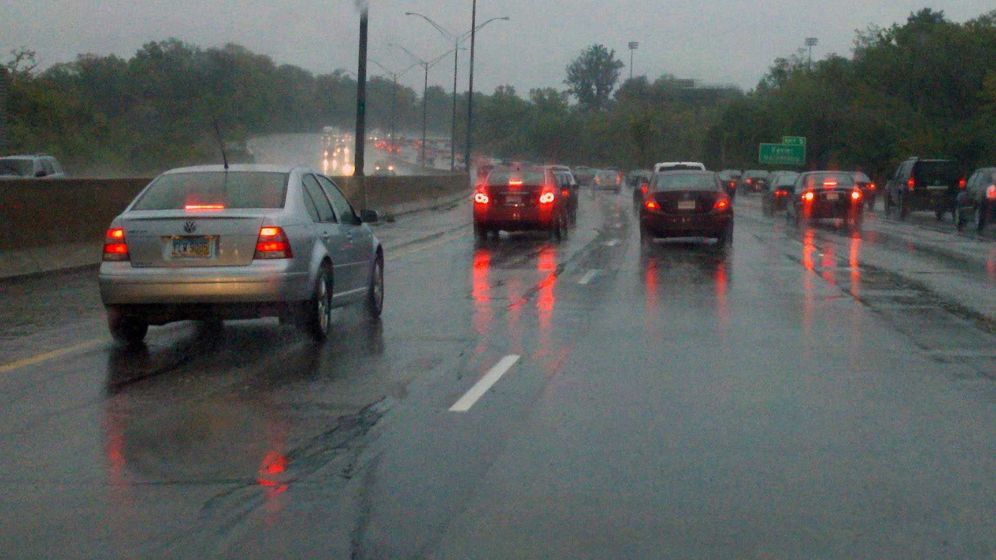 Generic rain interstate traffic