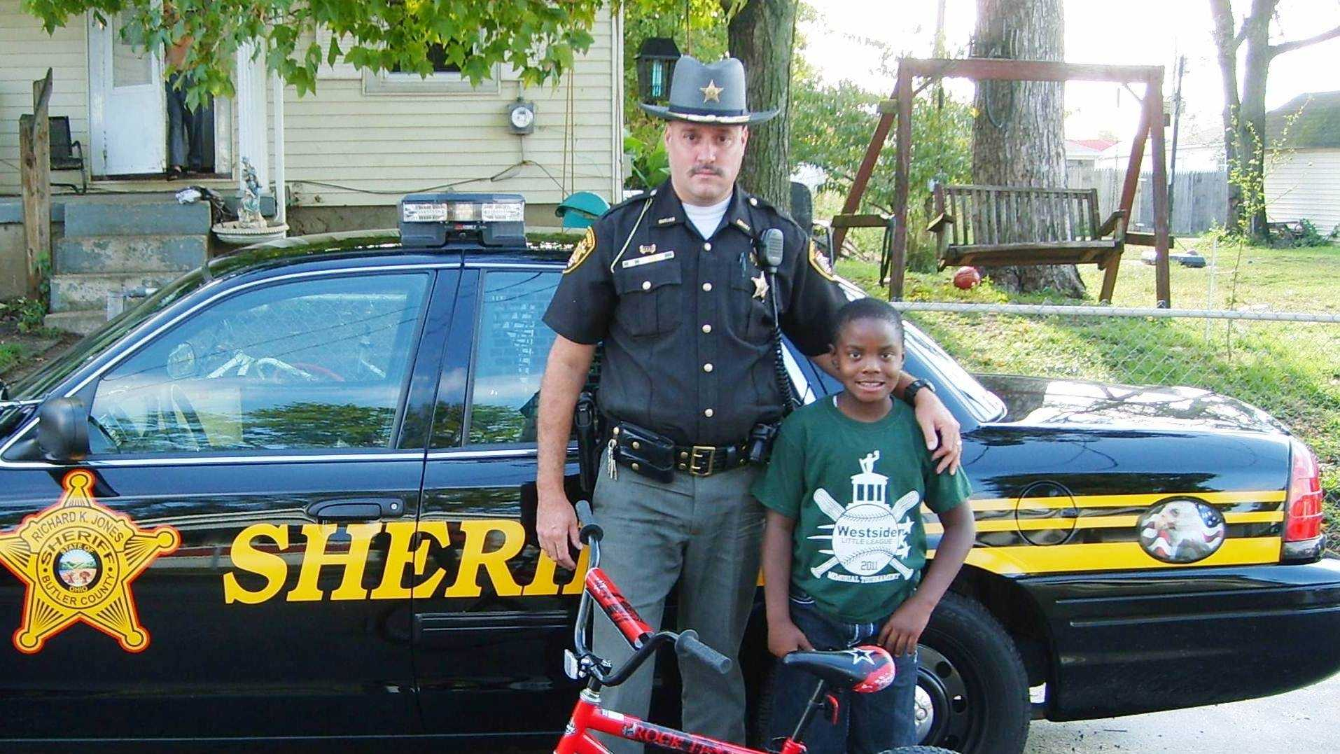 Deputy helps boy replace stolen bicycle