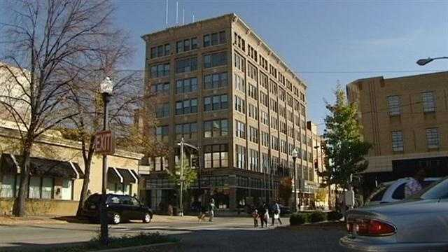 Covington officials are hoping to turn their historic, 102-year-old City Hall into a $25 million boutique hotel.